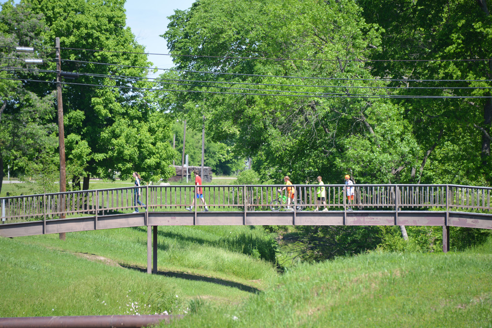 Powder-Creek-Park-Bridge