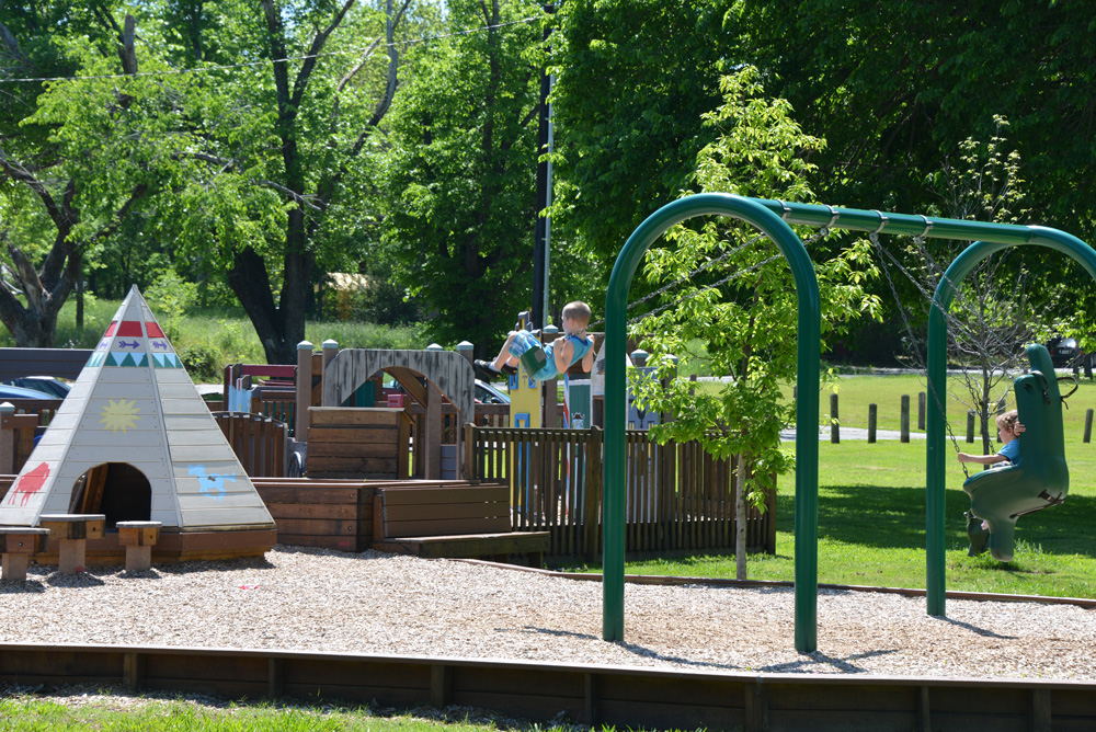 Powder-Creek-Park-Kids-Swing